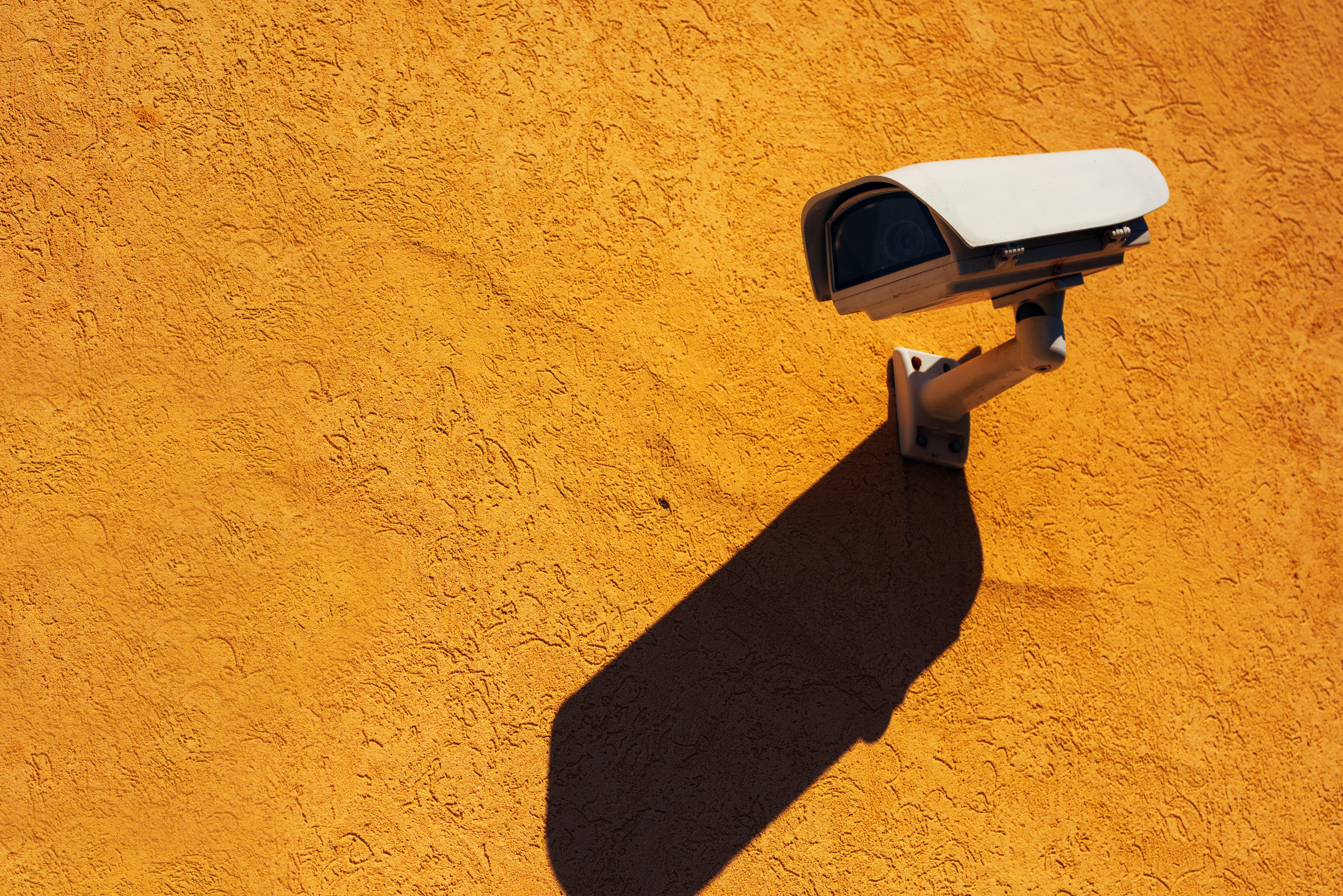 sistema de seguridad negocio, instalar sistema de seguridad negocio, alarma en tu negocio, seguridad negocio